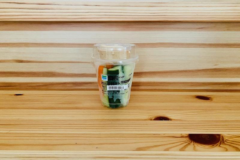 ファミリーマートの野菜スティック(味噌マヨ)