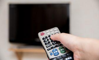 液晶テレビの電気代、スイッチ1つで年間600円得する方法