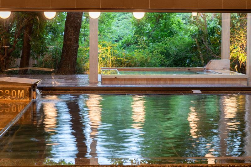 「ブックホテル 箱根本箱」大浴場