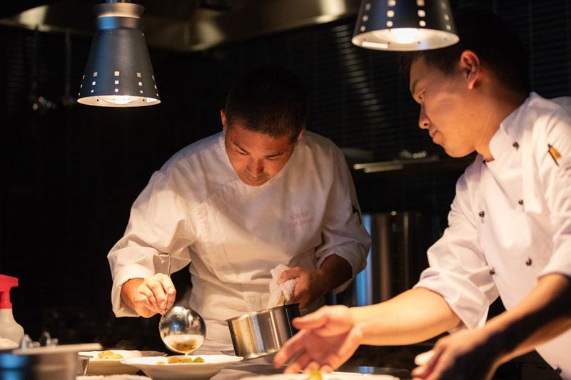 「ブックホテル 箱根本箱」レストラン