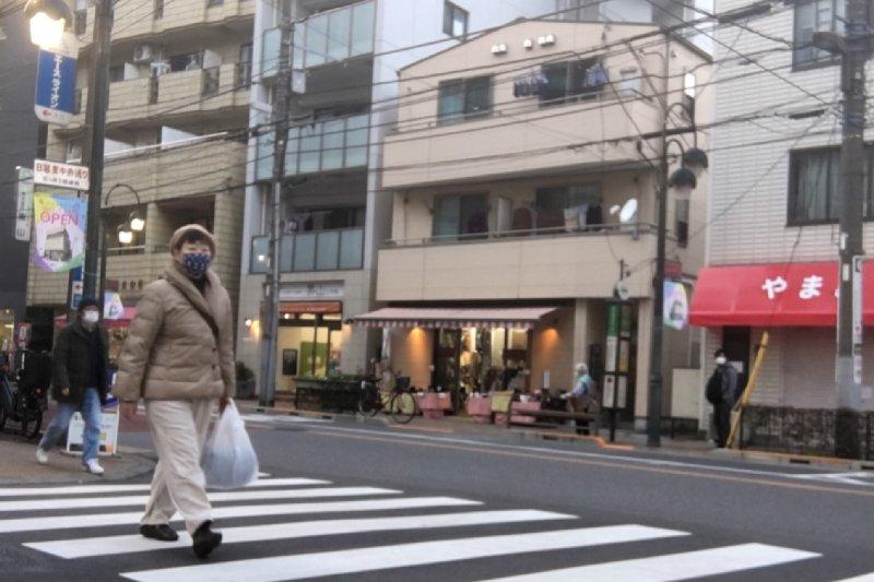 歩くオバ記者