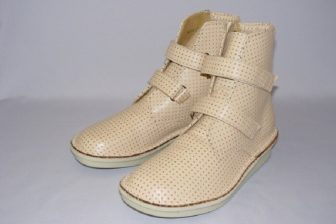 【63歳オバ記者のリアル】「とにかく歩こう!」愛用の靴で大好きな日暮里へ