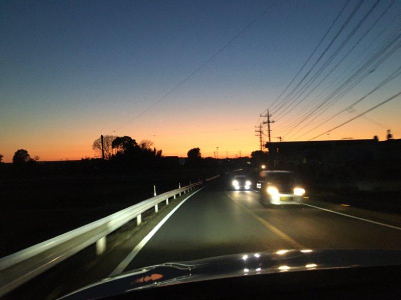 車の中から見た夕焼け