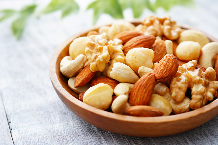 血圧のコントロールに効果的なナッツ