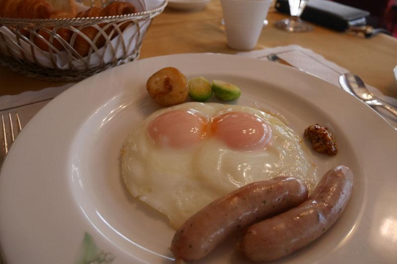 「万平ホテル」メインダイニング朝食