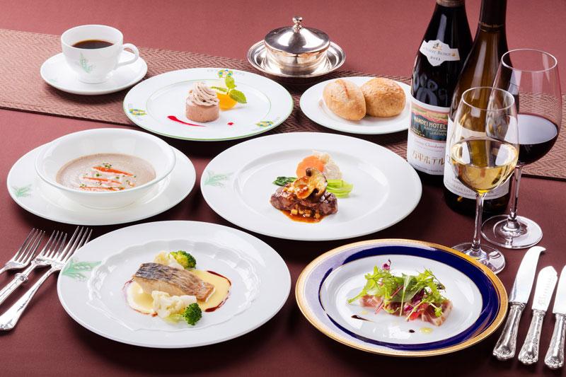 「万平ホテル」コース料理