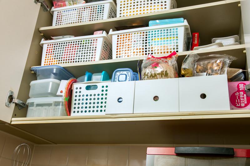 乾麺などを上の棚へ収納