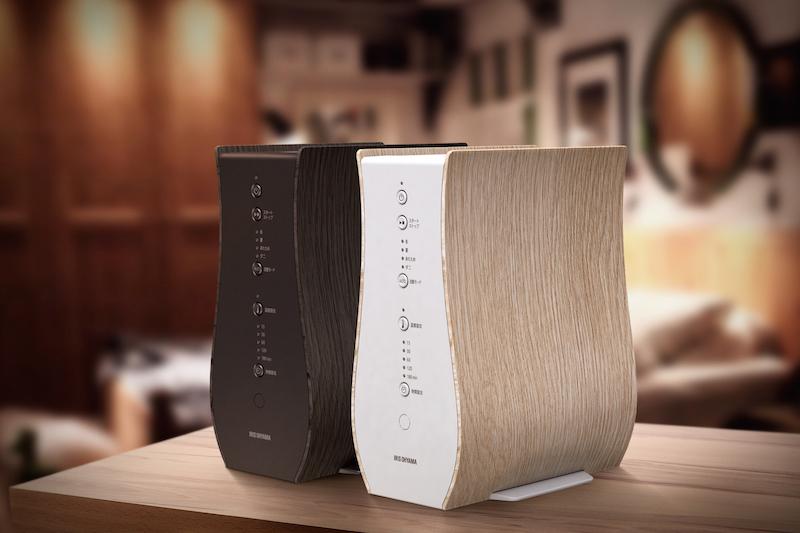アイリスオーヤマ『ふとん乾燥機 カラリエ FK-D1』の白と黒