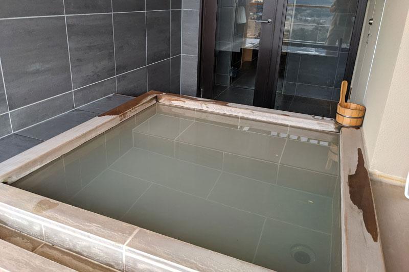 「星野リゾート 界 仙石原」露天風呂