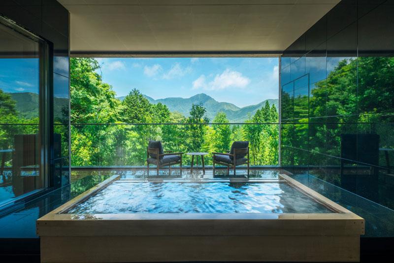 星野リゾート「界 仙石原」露天風呂
