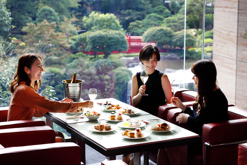 ホテルニューオータニ(東京)「ガーデンラウンジ」の人気スイーツビュッフェ『スーパーいちごビュッフェ2021』
