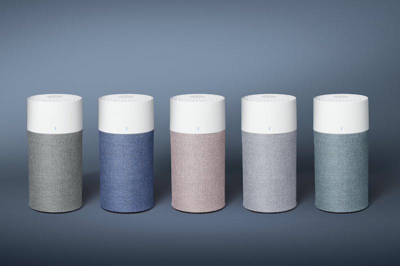 ブルーエア『Blue 3000シリーズ(Blue 3210/3410)』の5色が一列に並んでいる