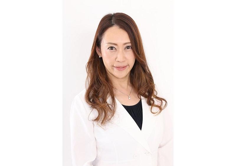 耳鼻科医・鈴木香奈さん