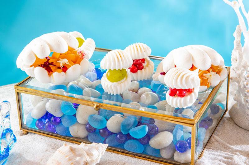 ヒルトン東京の夏のスイーツ・パーティー「クリスタル・マーメイドinホワイトラグーン」人魚の宝石箱
