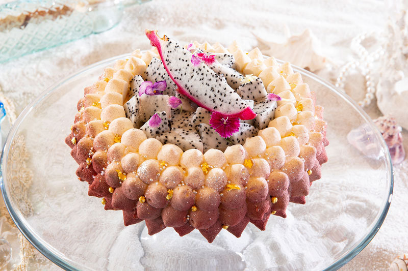 ヒルトン東京の夏のスイーツ・パーティー「クリスタル・マーメイドinホワイトラグーン」プリンセス・マーメイドのティアラ
