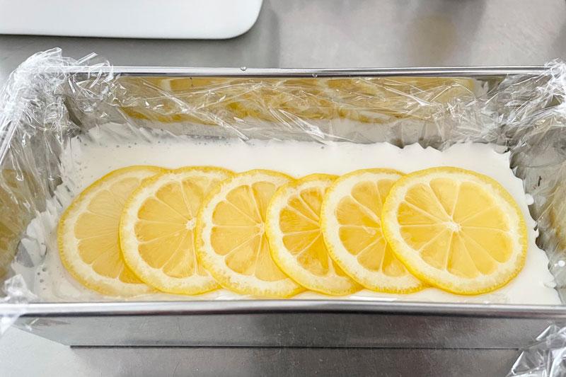 市橋有里がレシピ考案した「水切りヨーグルトのレモンチーズケーキ」
