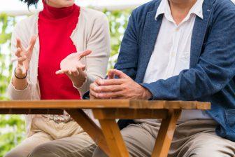 """ステイホームで深刻に。結婚25年、夫婦の会話が""""復活""""する方法は?【コロナ禍の夫のトリセツ】"""