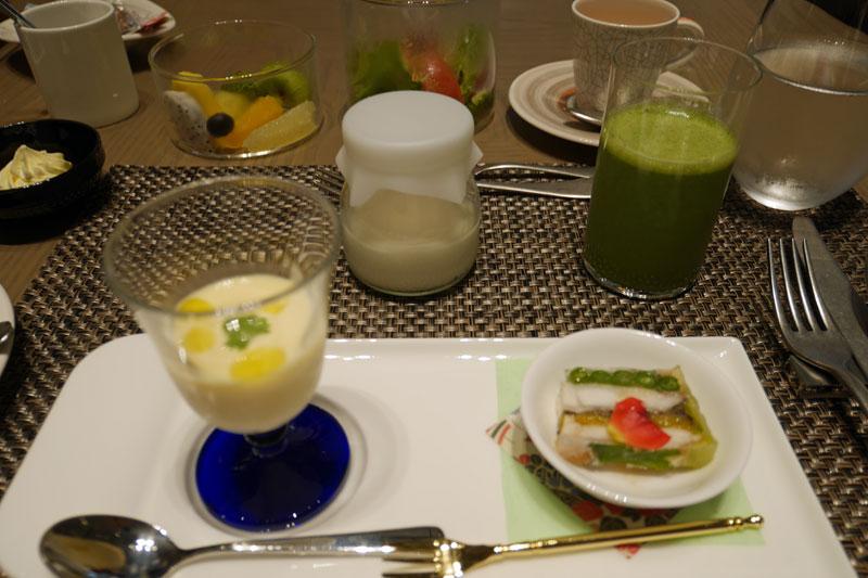 「ザ・ホテル青龍 京都清水」館内のレストラン「restaurant library the hotel seiryu」料理