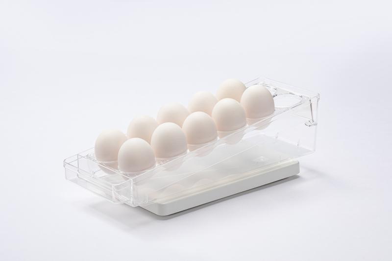 パナソニック『重量検知プレート NY-PZE1/重量検知プレートの卵ケースに卵をのせた状態