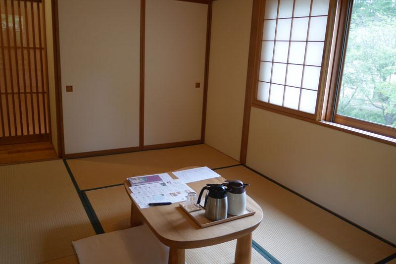 「カミツレの宿 八寿恵荘」客室