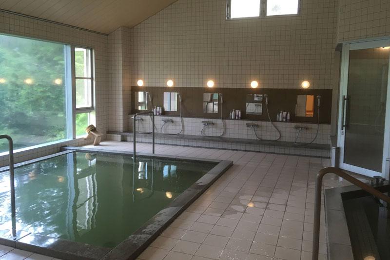 「カミツレの宿 八寿恵荘」の大浴場