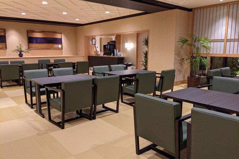 朝食会場のレストラン「Hatago」