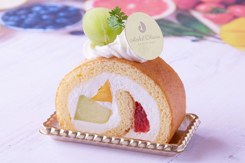 カラフルフルーツロールケーキ