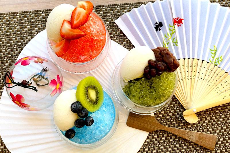 デザートグラス型(3種)/各450円 デザートグラス型(いちご・ブルーハワイ・抹茶)