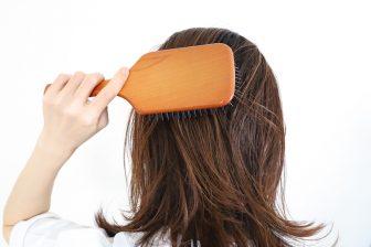 薄毛の救世主?育毛剤は本当に効果があるのか、専門家がメカニズムを解説