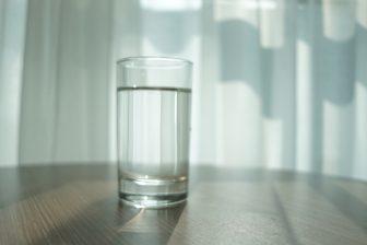 ダイエットには「毎朝コップ1杯のお水」を!管理栄養士が語るその理由