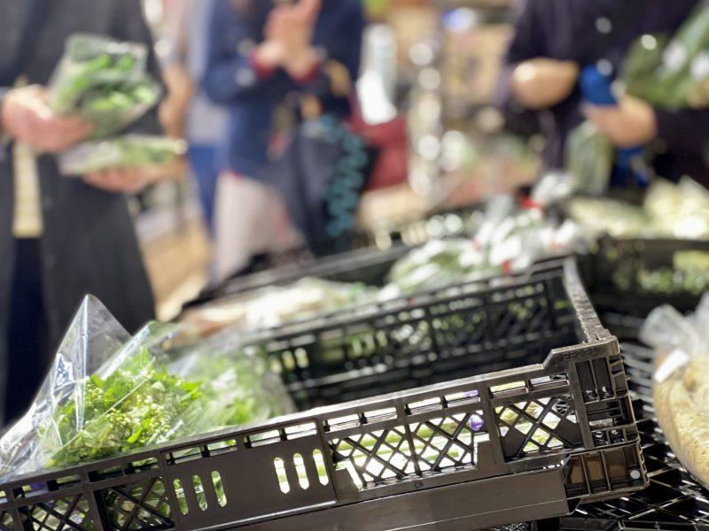 ここ数十年で商品の物価が上がってきている(Ph/photoAC)