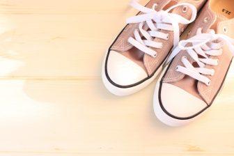 スニーカーをキレイに長持ちさせる洗濯術|ムートンブーツも自宅でラクに洗える!