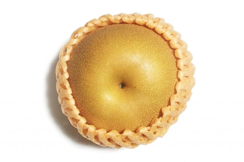 フルーツキャップがついた梨